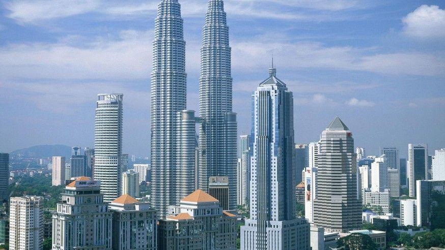 Petronas Twin Tower – Kuala Lumpur's Crown Jewel