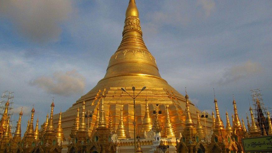 The Golden Pagoda: Shwedagon Stupa