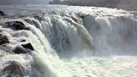 Dhuandhar Falls: Visit This Spectacular Waterfall Near Jabalpur