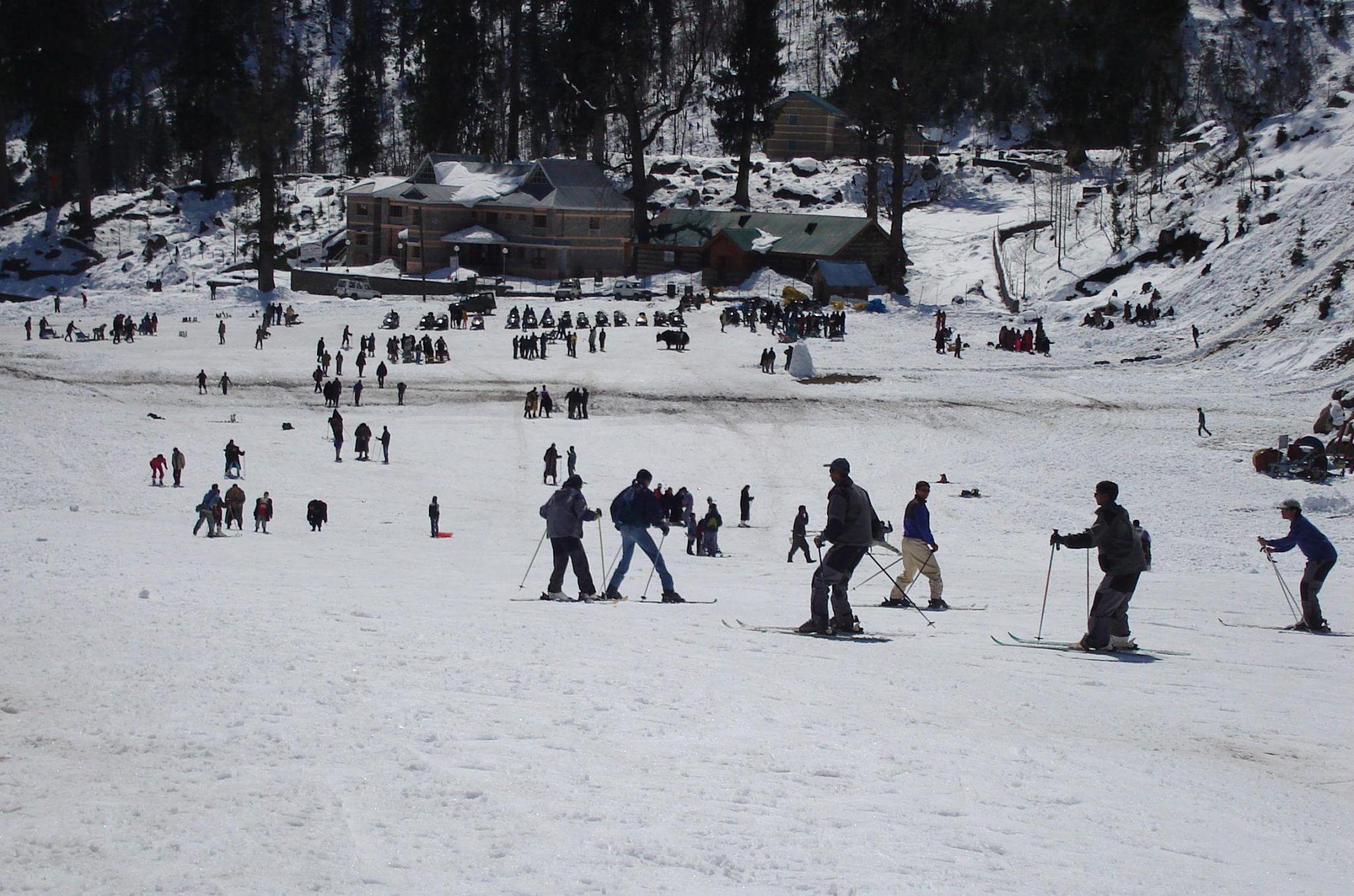 Skiing Solang