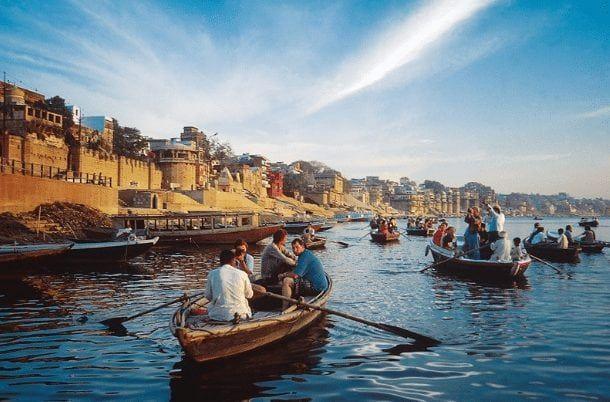 boat rides in ganges varanasi