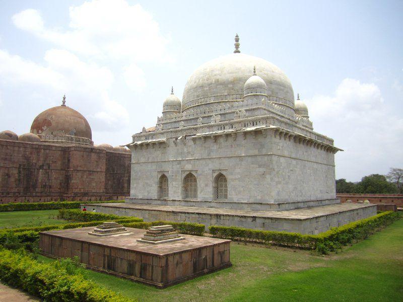 Hoshang Shah's Tomb,