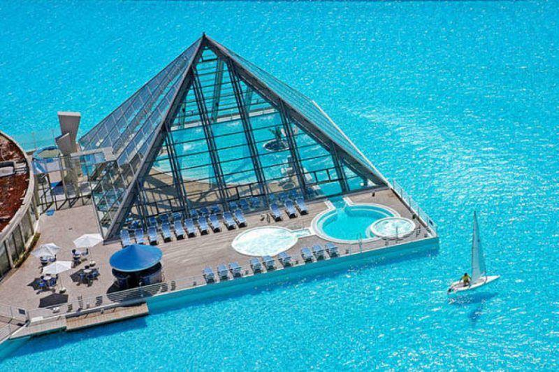 The San Alfonso del Mar Seawater Pool,